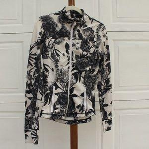 Lululemon B&W Floral Forme Jacket